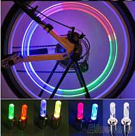 Светящиеся светодиодные колпачки на колеса для авто, мотоцикла (радужный)  разноцветный, колпачки на ниппель