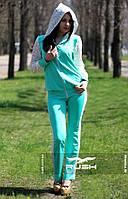 Женский спортивный костюм с  гипюровыми вставками