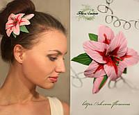Заколка цветок ручной работы. Композиция с розовой лилией из полимерной глины