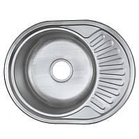 Кухонная мойка 5745 см овальная Platinum декор 0,6 мм глубина 18 см