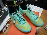 Футбольная обувь Nike Magista Ola IC