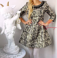 Женское красивое платье из плотной ткани с украшением недорого!