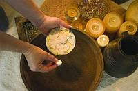 """Набор SPA-листочков для воды """"Молоко и мед"""" - Cuccio Naturale Aqua Leaves Milk and Honey"""