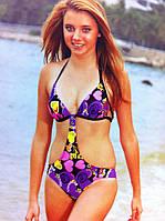 Яркий купальник сдельный с открытыми боками  размер  36