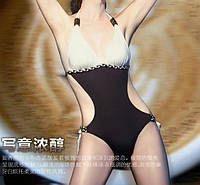 Черно-белый стильный сдельный купальник Victoria  Secret
