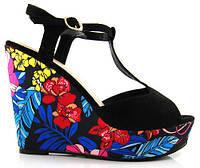 Модные сандалии босоножки на платформе с цветочным принтом