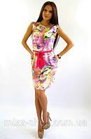 Молодежное платье в цветы дизайнерского пошива
