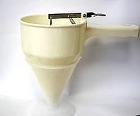 Дозатор ручной (пластик)(код 04084)