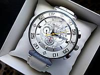 Часы Louis Vuitton white 3011