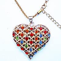 """Кулон """"Сердце с кристаллами"""" (горный хрусталь) на цепочке."""