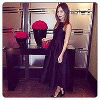 Стильное черное  платье из мемори коттона без рукавов со складами