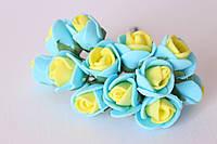 Букетик розочек 1.5-2 см диаметр мини 12 шт. желто-голубого цвета на стебле