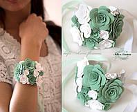 """""""Бело-мятные розы"""" браслет на руку с розами ручной работы"""