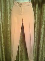 Женские летние брюки по щиколотку персикового цвета