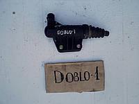 Цилиндр сцепления рабочий Фиат Добло 5 519 6189, 55196189, Fiat Doblo 1.9 multijet 2006