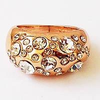 Широкое кольцо позолота 18К с фианитами. Размеры 17,18.