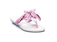 Розовые шлепанцы на низком каблуке
