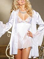 Нежный белый комплект с халатом и рубашкой