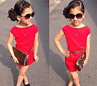 Детское платье красного цвета с вырезом лодочка
