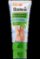 Крем для ног с маслом чайного дерева Balea Teebaumöl Fußcreme