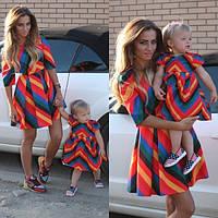 Family look Парные платья Valentino для мамы и дочки
