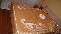 Покрывало на двуспальную кровать золото