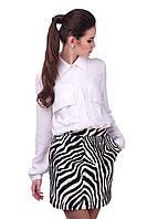 Модная женская белая рубашка с карманами
