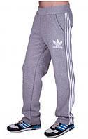 Мужские спортивные штаны с принтом ADIDAS серые