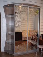 Шкаф купе со стеклянными полками