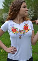 Женская футболка-вышиванка шиповник