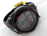 Часы  водостойкие Q@Q  10Bar, можно плавать, противоударные, m121j002