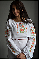 Вышиванка женская. Ткань – домотканое полотно