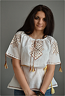 Вышиванка женская. Ткань – лен