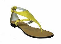 Женские кожаные босоножки желтого цвета