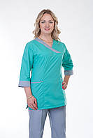 Женский медицинский костюм с серыми брюками