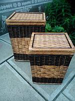 Ящики квадратные  темные с белой серединой