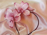 """Ободок (обруч) с цветами из шелка, ручной работы, """"Орхидея"""""""