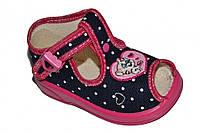 Детские летние сандалии для девочки с застёжкой (Черные в горошек)