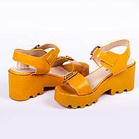 Желтые босоножки женские Gelsomino