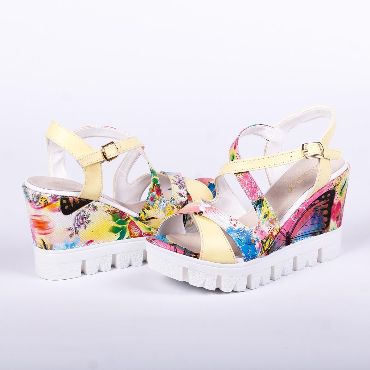 Купить женские босоножки со скидкой в интернет-молл