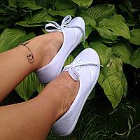 Удобные коттоновые кеды, мокасины на шнуровке белые
