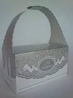 """Коробочка """"Від молодят"""" для свадебного каравая или сладостей с серебряным орнаментом"""
