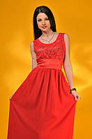 Длинное платье с атласным поясом