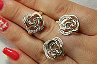 Комплект серебряных украшений с золотом - кольцо и серьги Роза