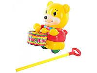 Детская игрушка Каталка на палке 1323 Медвежонок с барабаном