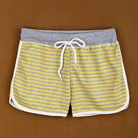Пляжные женские шорты в полоску. Желтые.