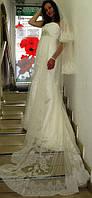 Свадебное платье изготовлено по заказу.
