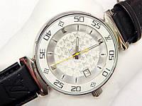 Женские кварцевые наручные часы Louis Vuitton на оригинальном фактурном ремешке