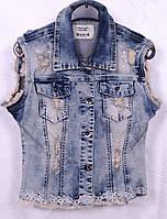 Модная женская джинсовая жилетка