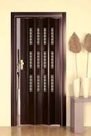 Дверь гармошка со  стеклом 7036